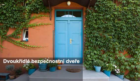dvoukřídlé vchodové bezpečnostní dveře do domu Plzeň