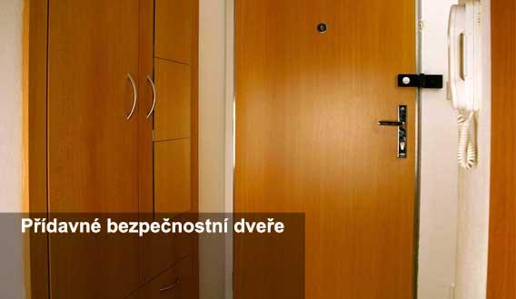 vchodové bezpečnostní dveře do bytu Plzeň
